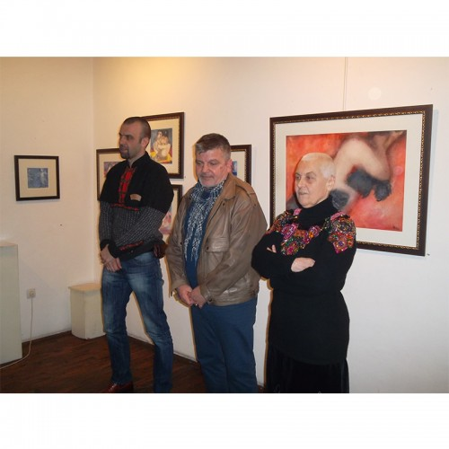 Christmas - New Year's Exhibition of Ivan Milushev at the Vazrazdane Gallery will smile and illuminate the city of Plovdiv