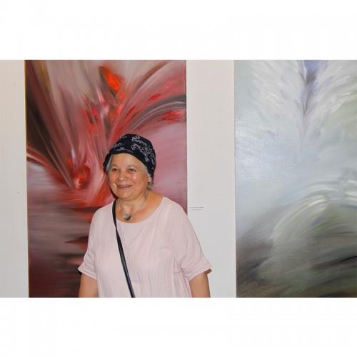 """22 години галерия Възраждане и изложба живопис """"Между мрака и светлината"""" на Полина Кръстева"""
